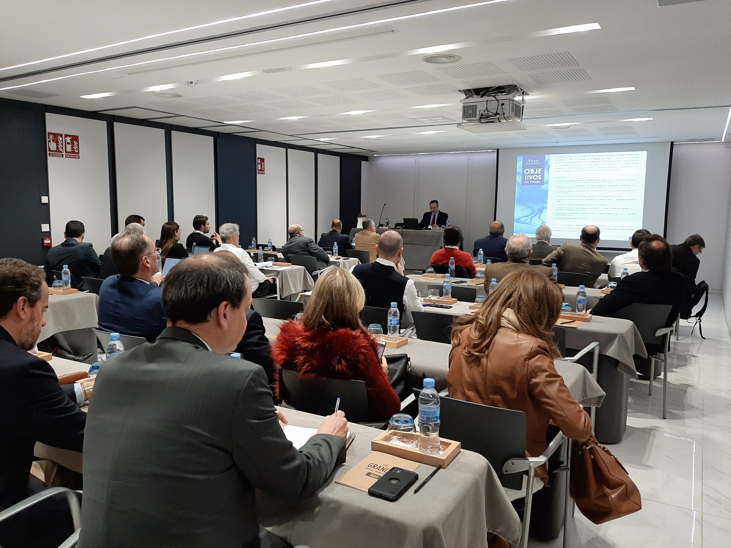 Presentación Estudio Económico Financiero Pinturas y Tintas de Imprimir
